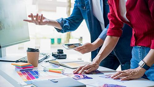creative-start-up-team-discussing-ideas